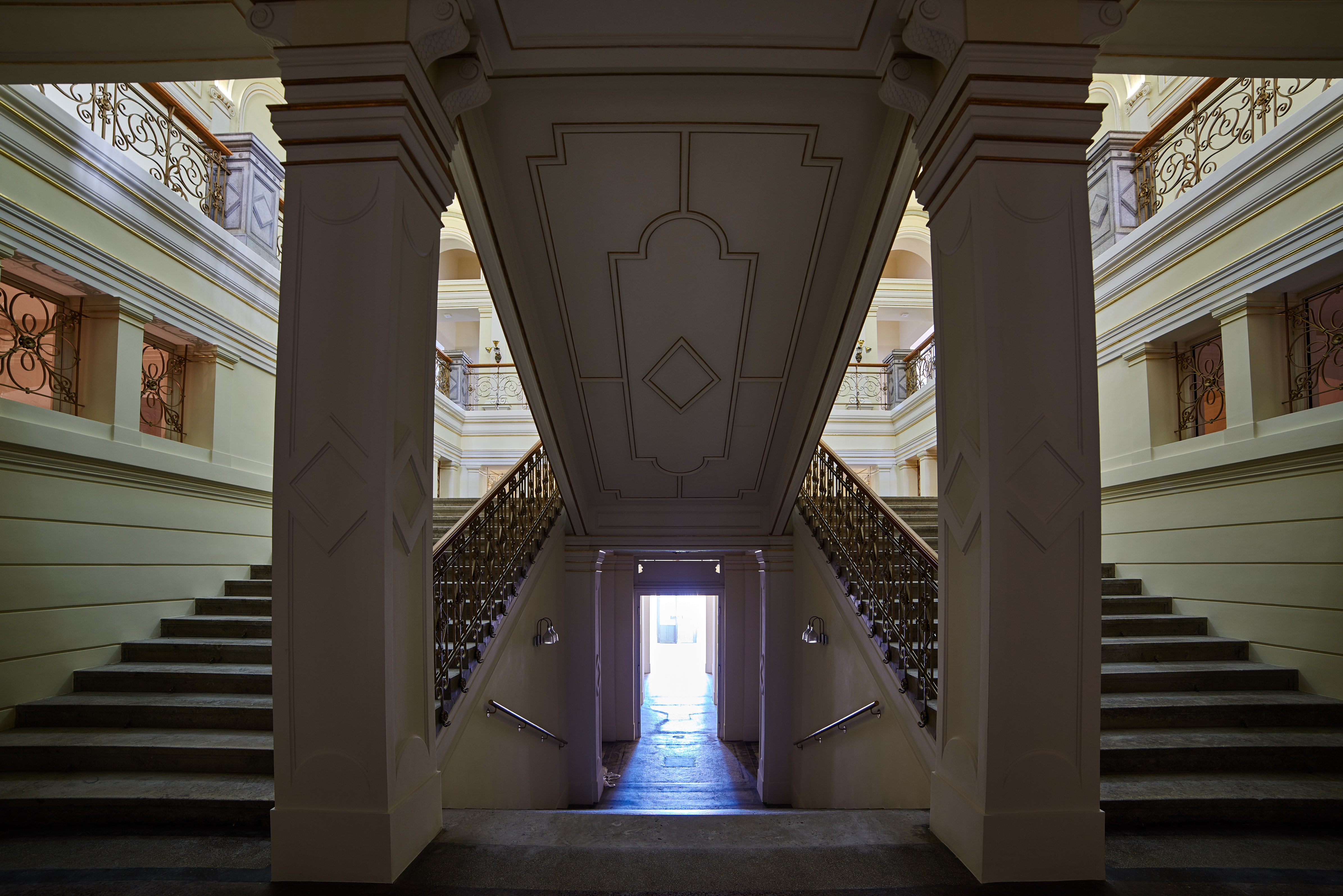 apiarhitekti-narodna-galerija-1