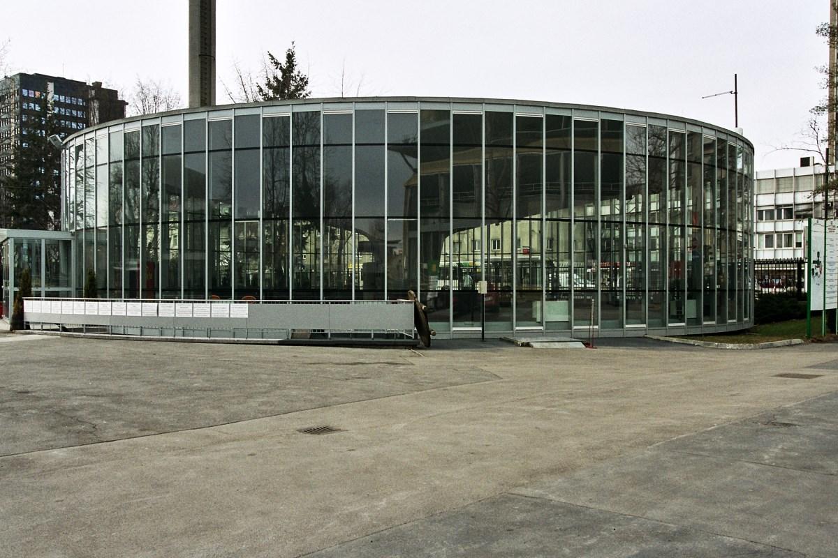 apiarhitekti-gospodarsko-razstavisce-006