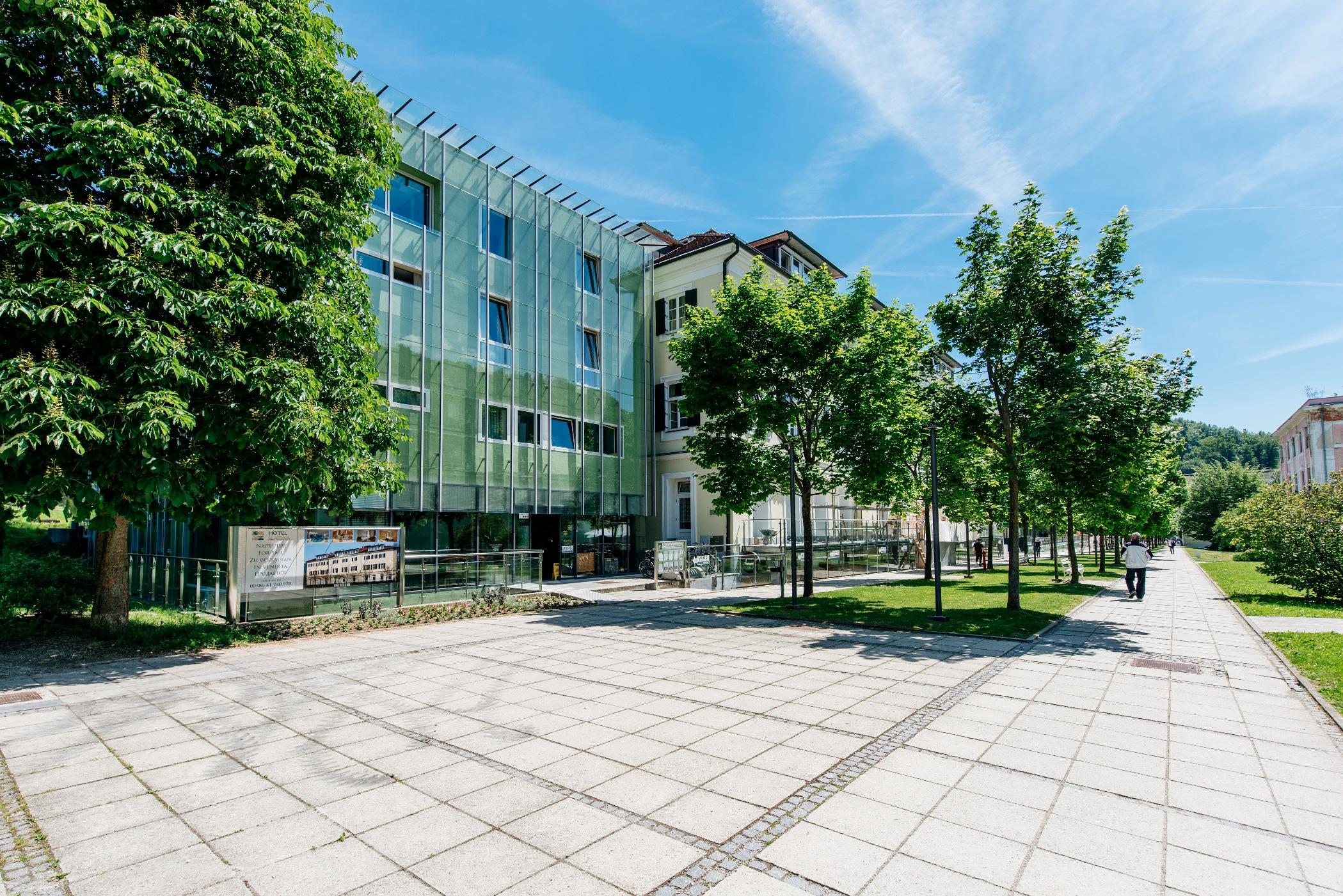 apiarhitekti-aparthotel-slatina-006